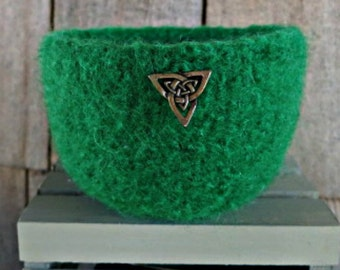 Felted Bowl - Celtic Knot Bowl - Green Wool Bowl