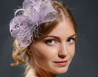 Lavendel purple bow fascinator, lovely light purple fascianator for your special occasions