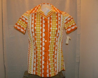 Sale - Vintage 60s\/70s Short sleeve Shirt - Free US shipping