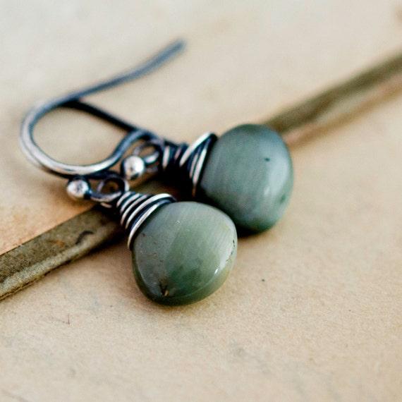 Cats Eye Earrings, Drop Earrings, Dangle Earrings, Gray Gemstone, Sterling Silver, Wire Wrapped, Iridescent, PoleStar