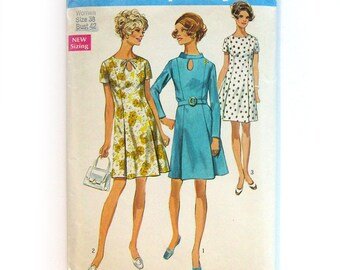 1960s Dress Pattern / A-Line Dress with Keyhole Neckline / Short Sleeve Dress / Simplicity 8192 / Size 16