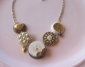 Good Time vintage style necklace