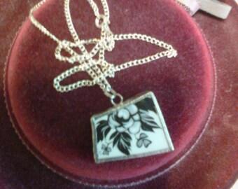 Floral Broken China Pendant Necklace