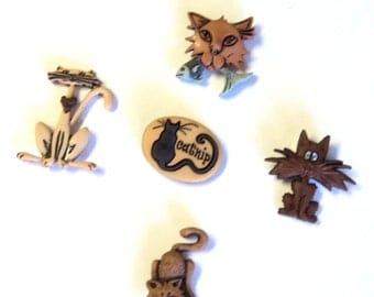 Alley Cats Magnet Set, 5 Pieces, Handmade, Resin Buttons Upcycled, Cat Lover