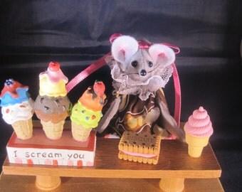 I Scream you Scream we all Scream for Ice Cream Mouse !  NEW LOWER PRICE