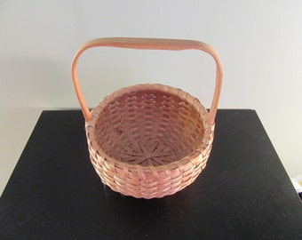 Sweet Native American ash and wood small carrying basket with fixed wood handle- beautiful, fine condition