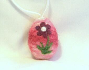 Needle Felted Miniature Easter Egg Ornament - Flower Daisy