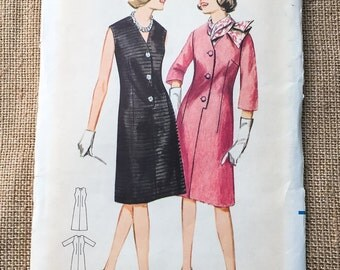 Butterick 3209 Step In A Line Dress Vintage 1960s Sewing Pattern Size 14 Bust 34 UNCUT