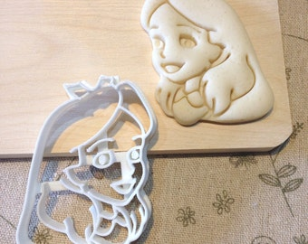 Alice Cookie Cutter - Fondant Icing Cake Cupcake Topper Iced Sugar Cookies Biscuits Mould Girls Tea Party Theme Birthday Alice in Wonderland