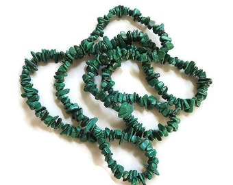 Vintage Necklace of Green Malachite Polished Nugget Stones