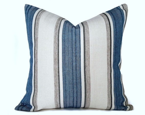 blue cream throw pillows cream blue grey pillow covers. Black Bedroom Furniture Sets. Home Design Ideas