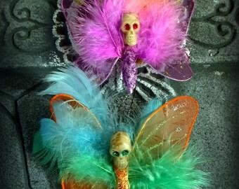 Magnet: Dead Girl Decay -  Skullerfly Skull Butterfly Flowers Feathers