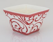 bee Amused - beeswax blend container candle - Elegant RED Swirl Rimmed  - bee HEALTHY - beeLUXE