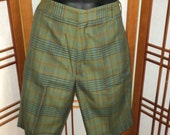 """Vtg 60s olive green plaid shorts by """"Penneys"""" mens size 36 waist"""