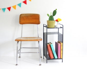 Mid Century Modern Black Metal Plant Stand / Retro Telephone Table / Mid Century Book Rack