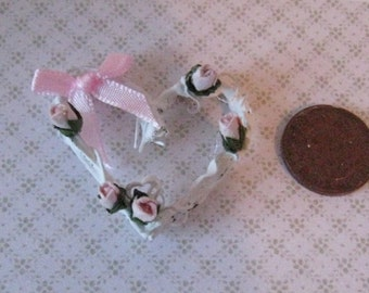 Dollhoues Heart  vine  wreath, vine wreath, heart wreath,  tatty chic accessory, hand made, twelfth scale dollhouse accessory