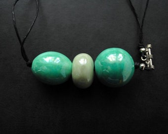 Necklace/Pendant -  Minty Green Curves - multifunctional for creatives, modern, unique, art to wear, ooak - by Schneider Gallery