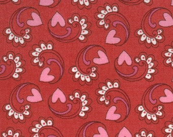 Kissing Booth 1 &1/ 2 Yard Remnant 30313-12 Red
