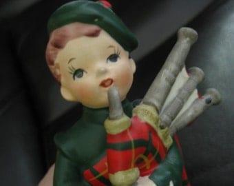 Vintage Lefton Scottish Bagpipe Boy In Tartan/Plaid Figure, Ceramic