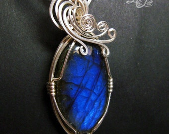 Winter Winds Dark Blue Labradorite Silver Pendant