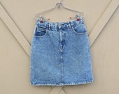 80s vintage Guess by Georges Marciano  High Waist Stone Washed Denim Jean Skirt