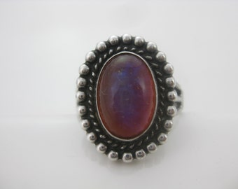 Size 7 1/2 Vintage Oval Dragons Breath Sterling Silver Ring