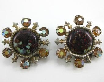 Vintage Rhinestone Fleur Dis Lis Costume Clip on Earrings