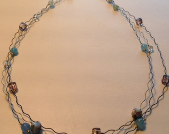 Blue wire necklace