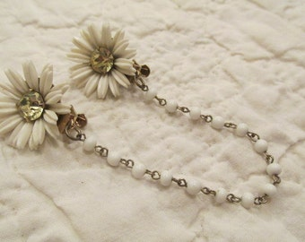 Retro Sweater Clip Flowers with Rhinestone centers sweater guard