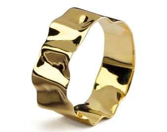 RIPPLE 18k Gold Wedding Band, 18k Gold Band, Gold Mens Wedding Band, His and Hers, Unique Wedding Band for Women, Organic Gold Band