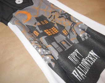 Hanging kitchen towel  button top Halloween Haunted House  Quiltsy handmade