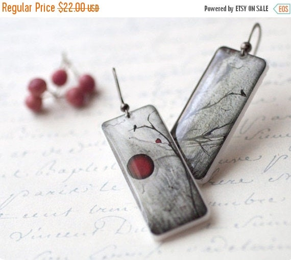 Red and Black Full Moon earrings - Halloween jewelry (E035)