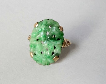 Art Deco Jade Ring. Pierced, Carved Floral. 14k Gold. Size 8