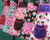 Birthday Party - Pre-Teen Party Aprons - Party Aprons - Cupcake