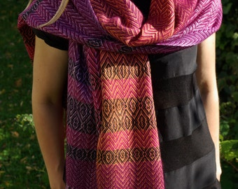 Luxurious Handwoven purple, red, orange, silk, mink, cashmere shawl / wrap by La maison des Fibres