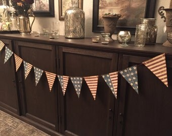4th July / Patriotic Banner garland, 12 flags, 4 each of 3 designs.