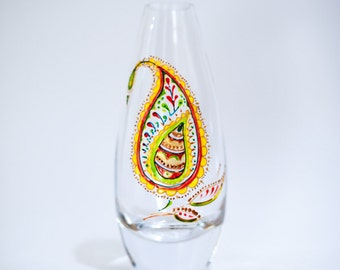 Small Vase - Hand painted - Buta