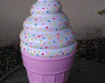 Swirled 3-D Marshmellow Sparkling Candy Dot Delight Cookie Jar Pastel Pink Bottom