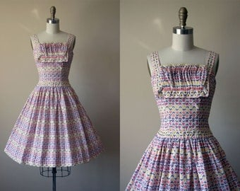 1950s Dress - Vintage 50s Dress - Floral Pleated Bust Full Skirt Cotton Sundress w Rhinestones S - Dutch Treat Dress