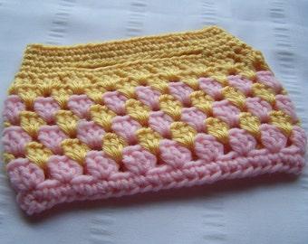 Small crochet handbag golden yellow light pink ready to ship top handle bag