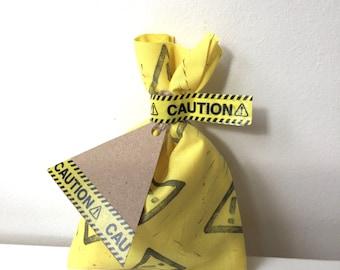 CONSTRUCTION favour bags, caution gift bag, construction party favours, thank you tags, construction favour bags X 10