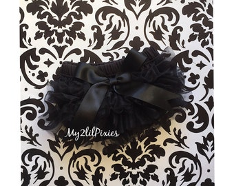 Black ruffle bum BABY BLOOMER with Satin bow, Red chiffon bloomer, ruffle bloomer, Newborn bloomer, Cake Smash, Valentines day, photo prop