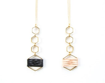 Brass and leather necklace - black or natural - Adaptive
