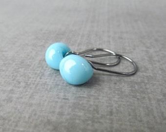 Sky Blue Small Dangles, Blue Dangle Earrings, Small Blue Earrings, Lampwork Earrings Blue, Dark Wire Earrings, Oxidized Sterling Silver