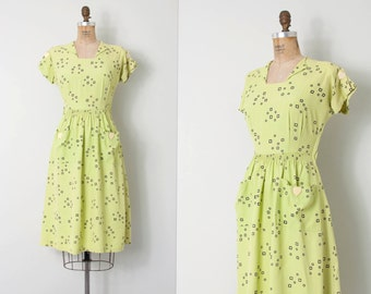 vintage 1940s dress / geometric print 40s dress / Heart to Heart