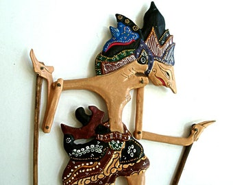 vintage SHADOW PUPPET wood INDONESIA,Wayang Klitik Java, Bali, blue,rust,brown,red,black,marigold,hand painted