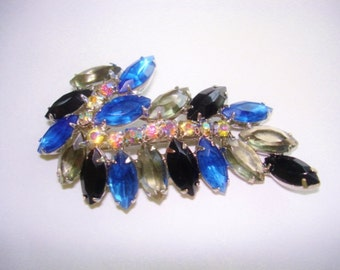 Vintage Jewelry Blue Rhinestone Brooch Gold   Tone