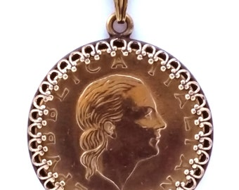 Italian Coin Pendant Italy Woman Portrait Gold Colored Vintage Necklace Jewelry Unique World Italian Charms Italian Jewelry Made in Italy