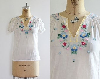 vintage 1970s Boho Blouse • Embroidered Blouse • 70s bohemian blouse • small
