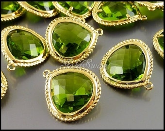 2 pcs of apple green / peridot green faceted teardrop glass in rope rim setting, glass pendant 5146G-AG
